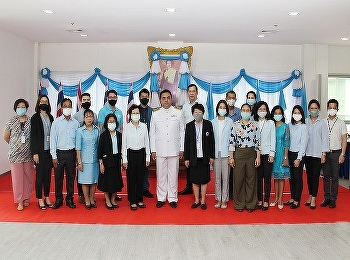 International College Suan Sunandha Rajabhat University Has attended the blessing ceremony On the Birthday of Her Majesty Queen Sirikit Queen King Rama IX at the hall in front of the office Nakhon Pathom Campus